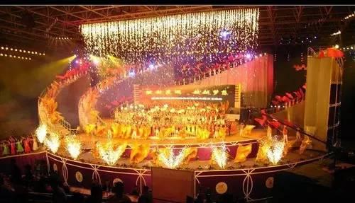 舞台灯光虚拟效果设计